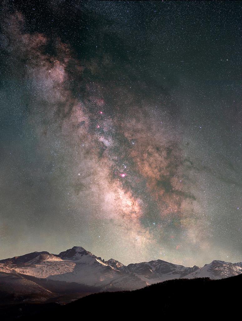 ethereo :     Milky Way Over Longs Peak (by  gainesp2003 )