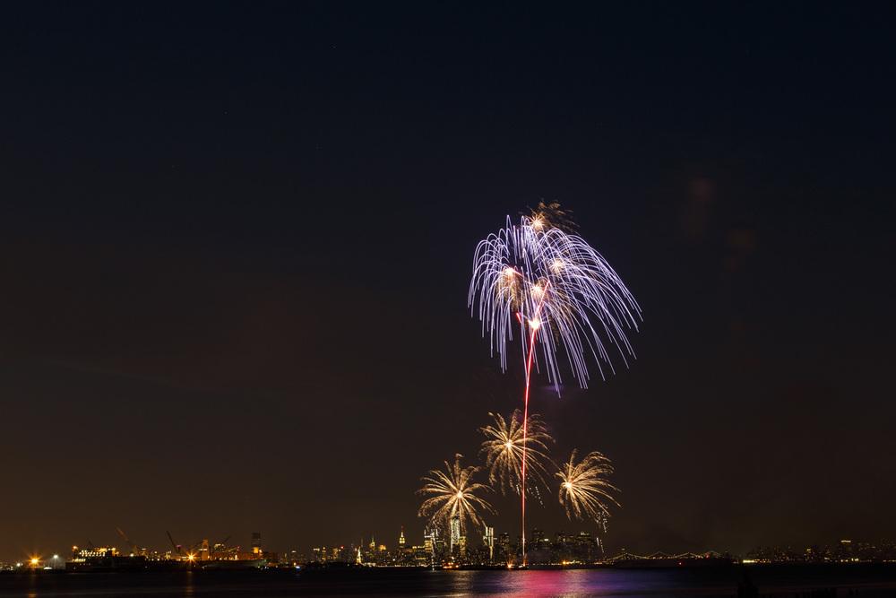 Fireworks Extravaganza 8-3 -2.jpg