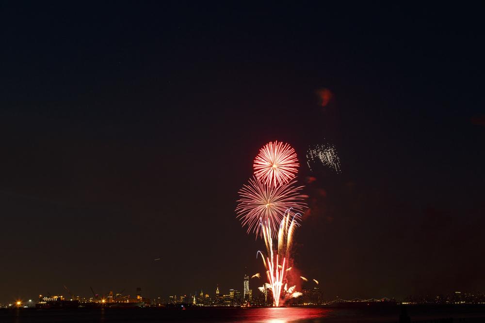 Fireworks Extravaganza 8-3 -1.jpg