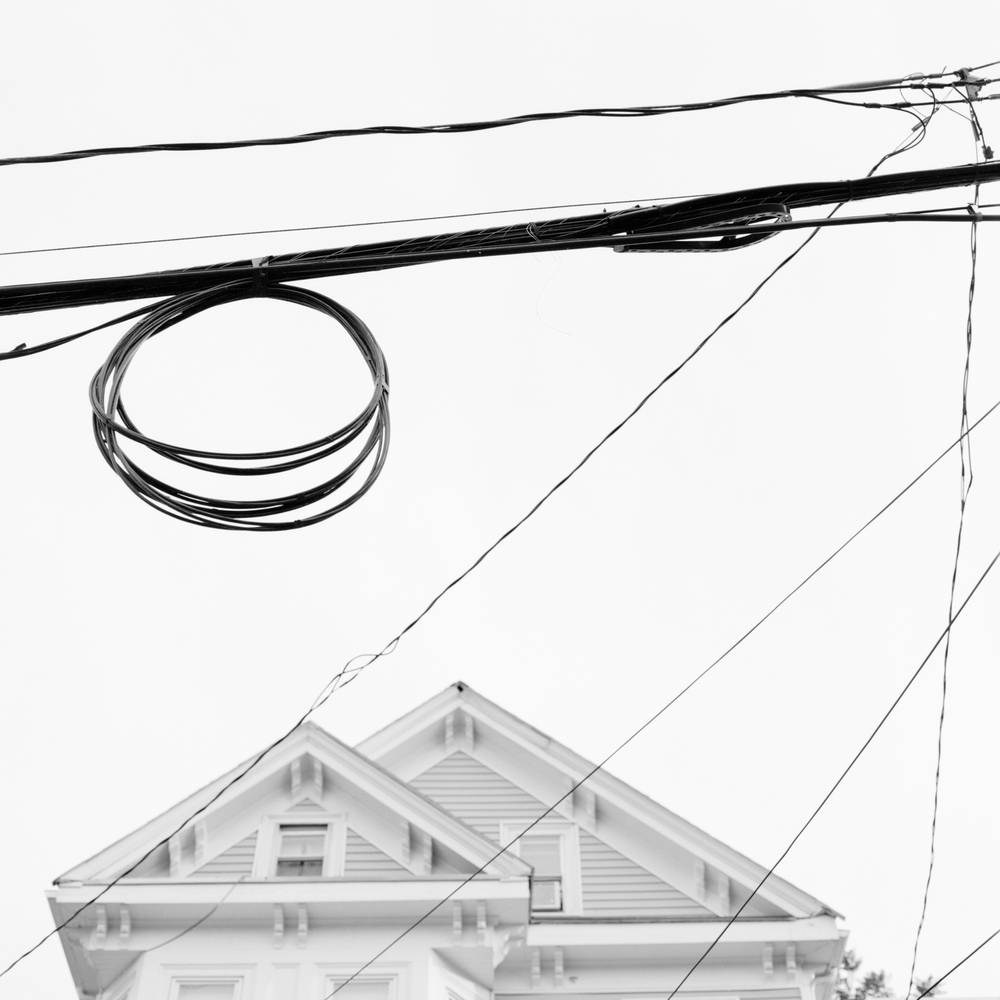 House & Wires