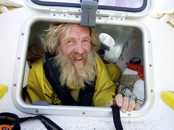 À 67 ans , le polonais Aleksander Doba a traversé l'Atlantique en Kayak.©Nicola Muirhead