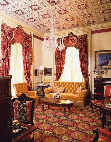 Lincoln-Sitting-Room.jpg