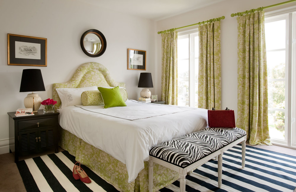 master-bedroom-grass-green-patterned-bedhead-zebra-bench-black-white-rug-black-lacquer-bedsides-diane-bergeron.jpg