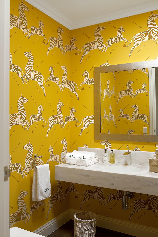 Bath and dressing rooms interior design diane bergeron for Bathroom and dressing room ideas