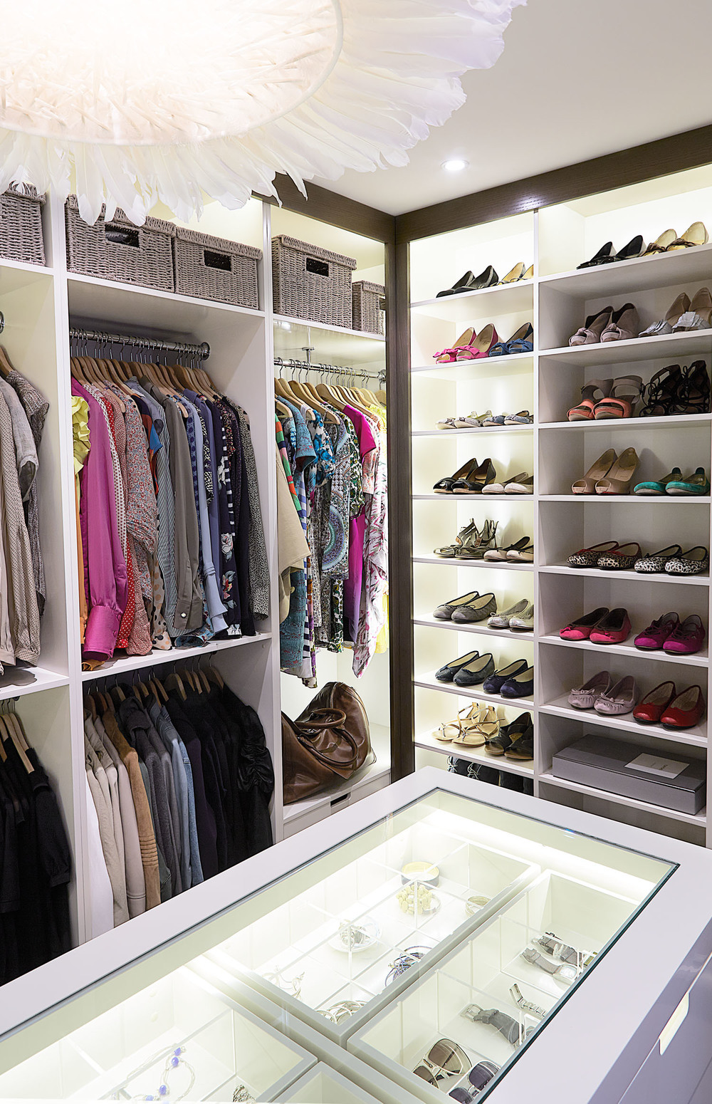 dressing-room-designed-by-wardrobe-diane-bergeron.jpg