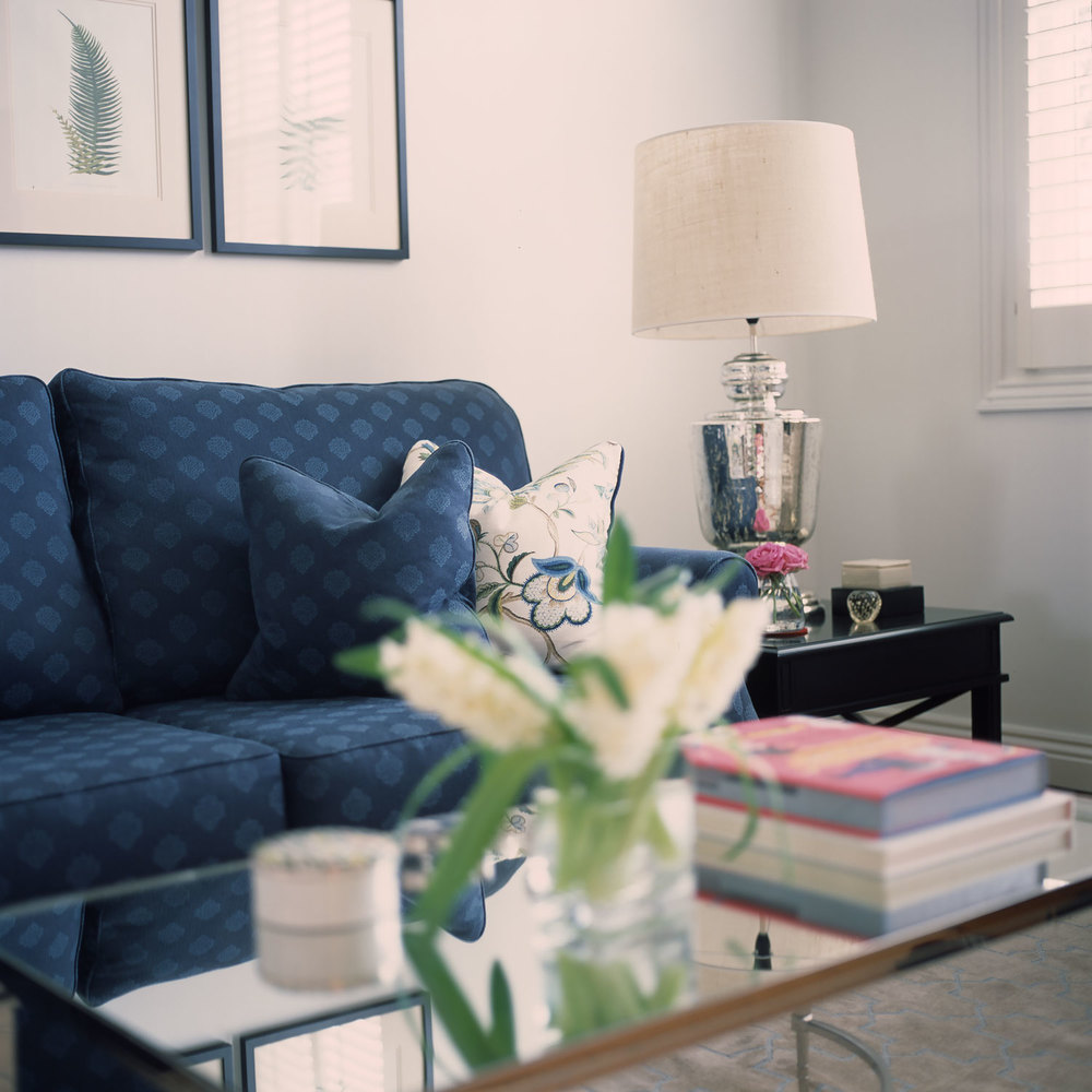 Interiors interior design diane bergeron interiors for Living room 4 pics 1 word