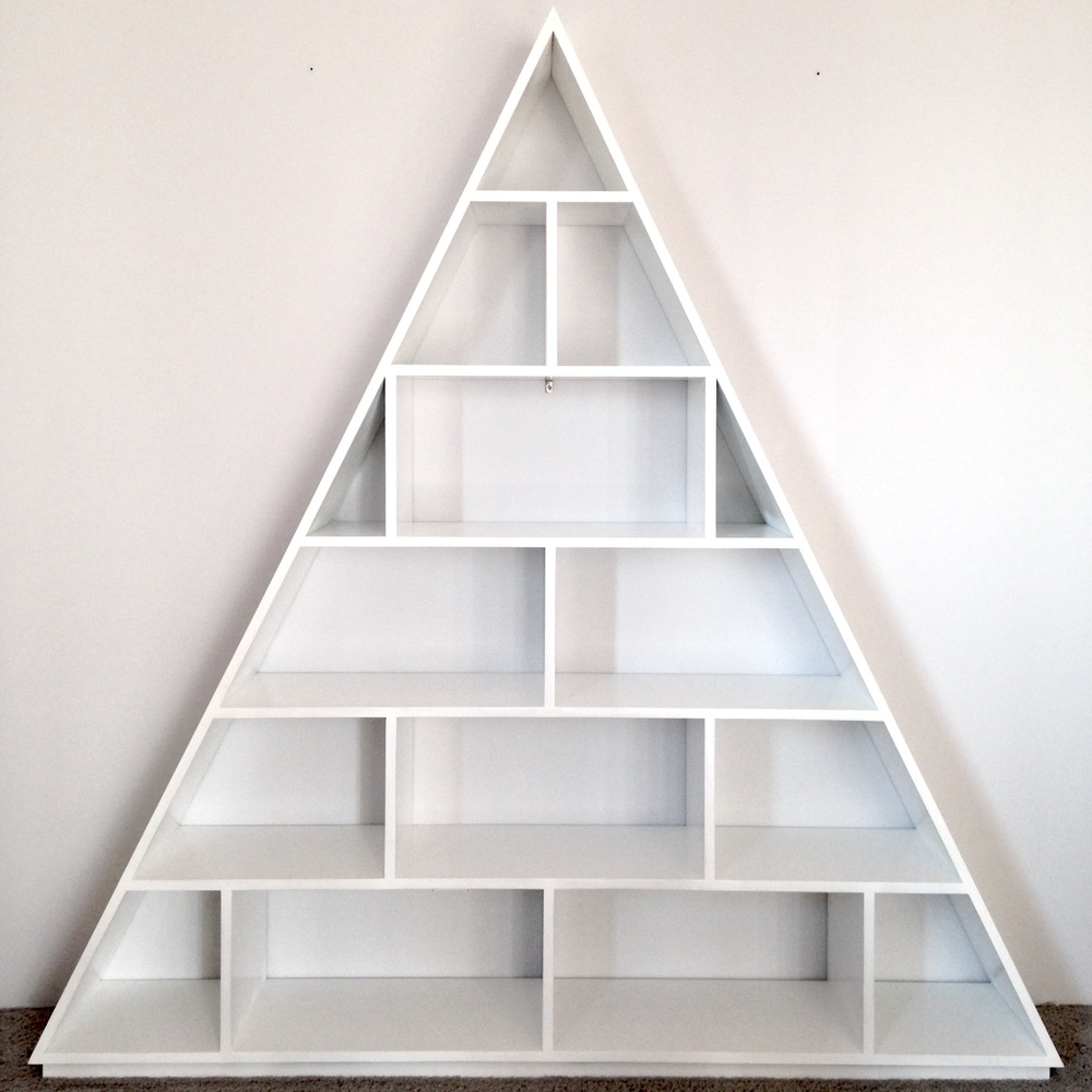 ISOSCELES SHELF