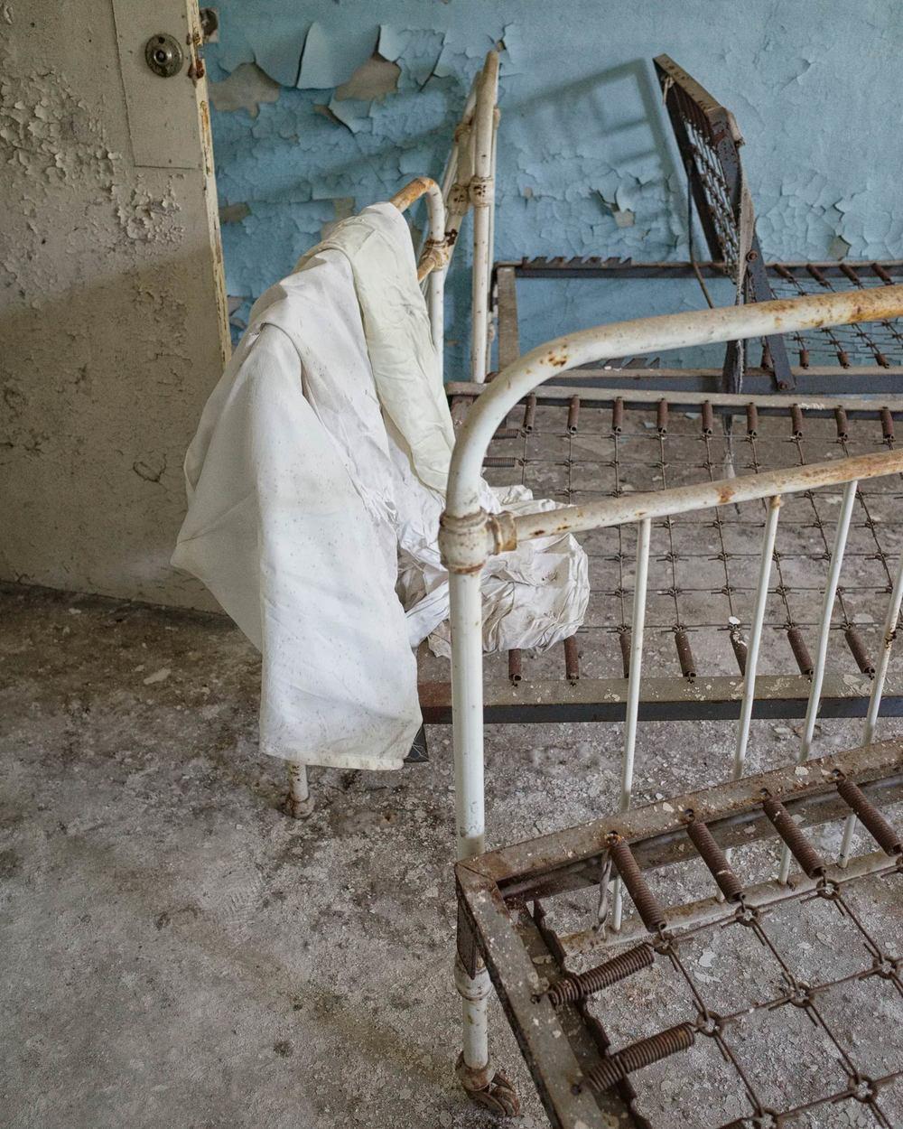282_chernobyl_Chernobyl2_Hospital_w.jpg