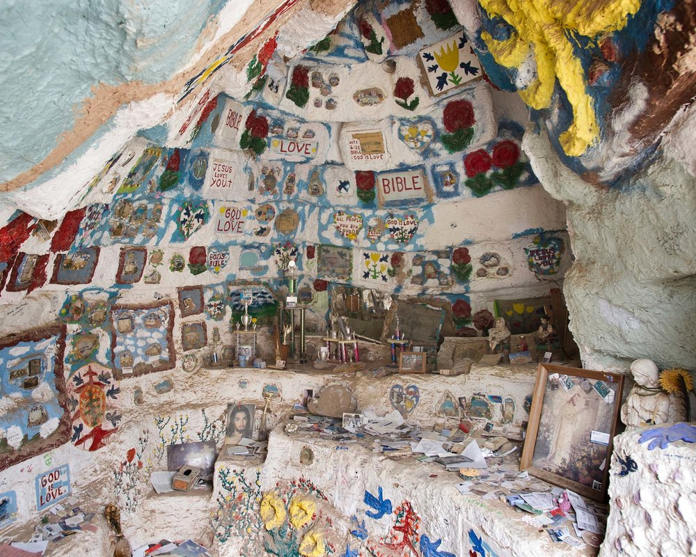 064_SaltonSea_SalvationMountain.jpg