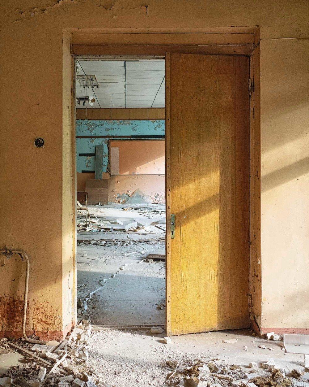 065_chernobyl_PostOffice_w.jpg