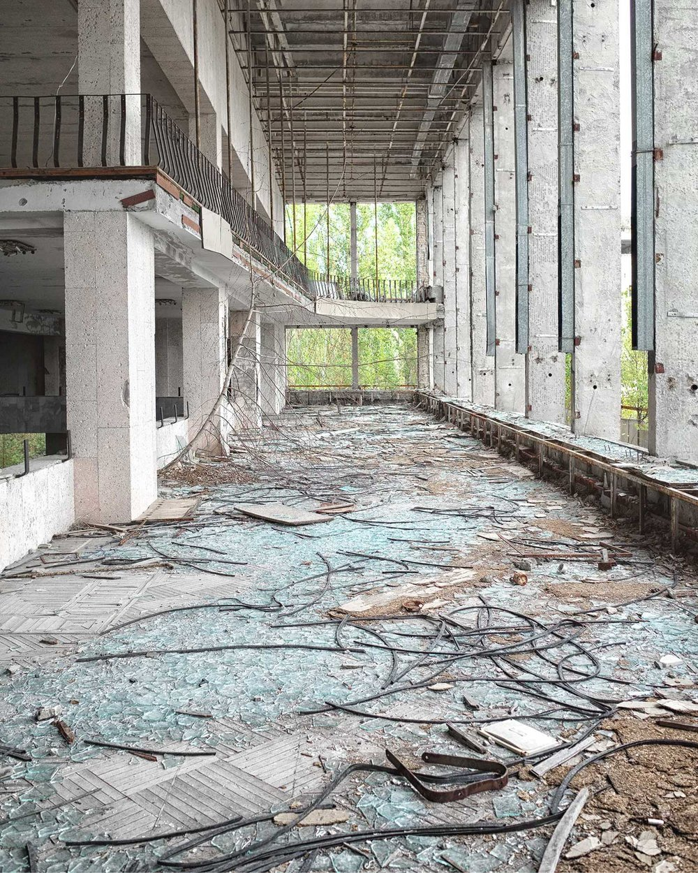 061_chernobyl_PalaceOfCulture_w.jpg