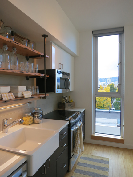 Central Eastside Lofts - Kitchen