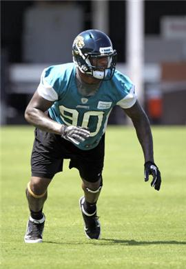 DE-Andre-Branch-locked-in-as-Jacksonville-Jaguars-off-with-rookies-signing-NFL-News-159567.jpg