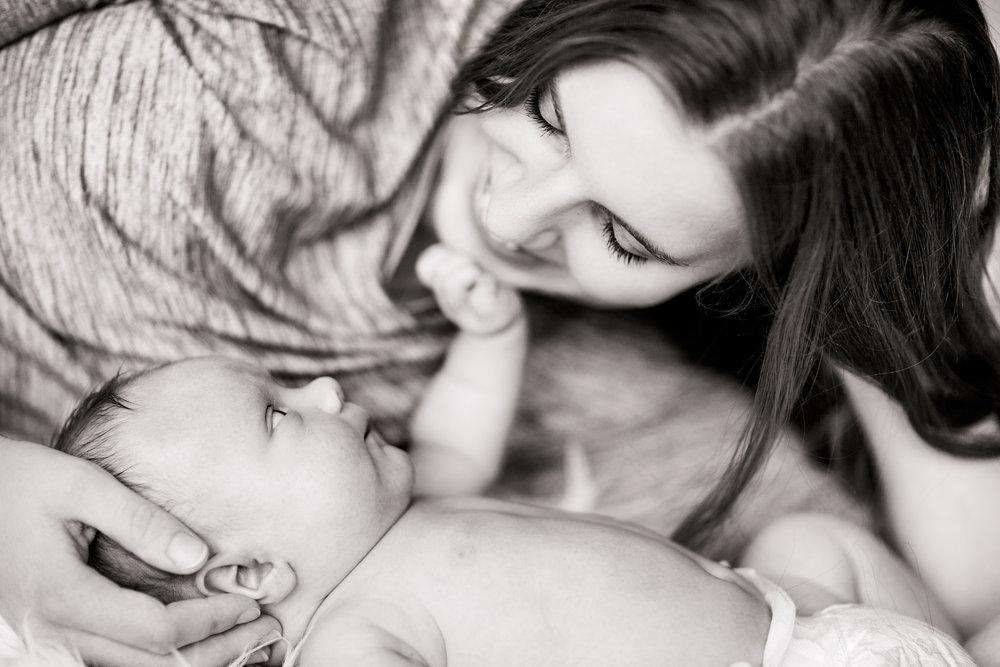 Nyföddfotografering-barnfotograf-stockholm-bebisfotograf.jpg