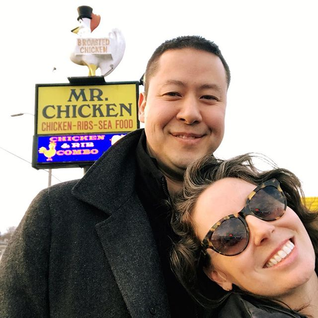 This weekend we hit the 6 months of marriage mark! I thought for sure Kenny was going to propose at our favorite spot... Mr. Chicken. But it was one year ago that he secretly flew to New York City and asked me to marry him.❤️ . . #engaged #oneyearago #married #sixmonths