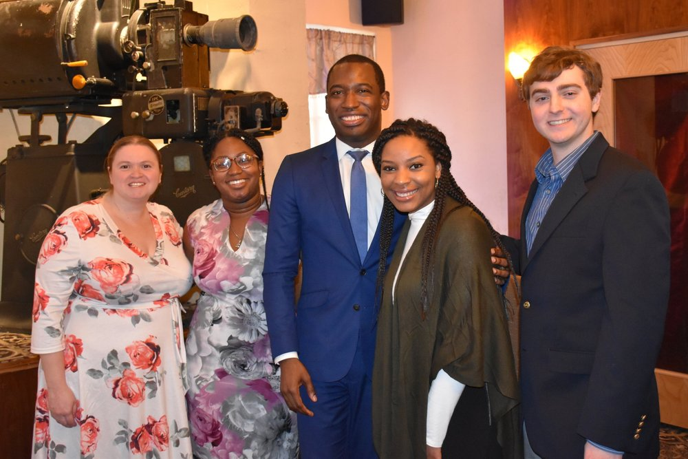 YPN Co-Chair Levar Stoney (center)