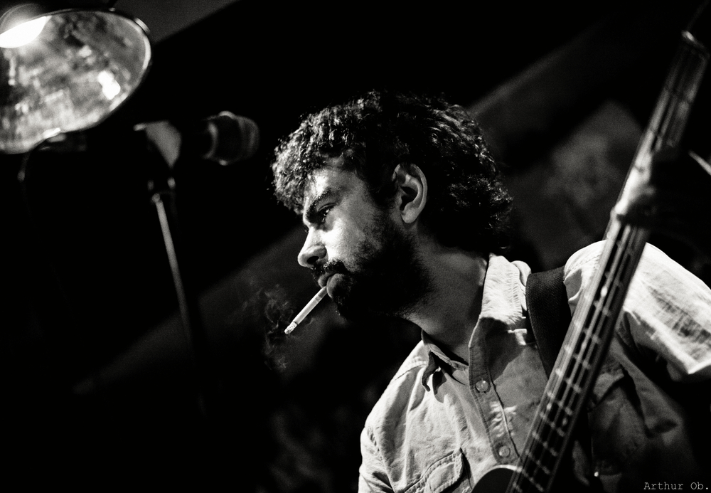 Arman - Bass'n cigarette