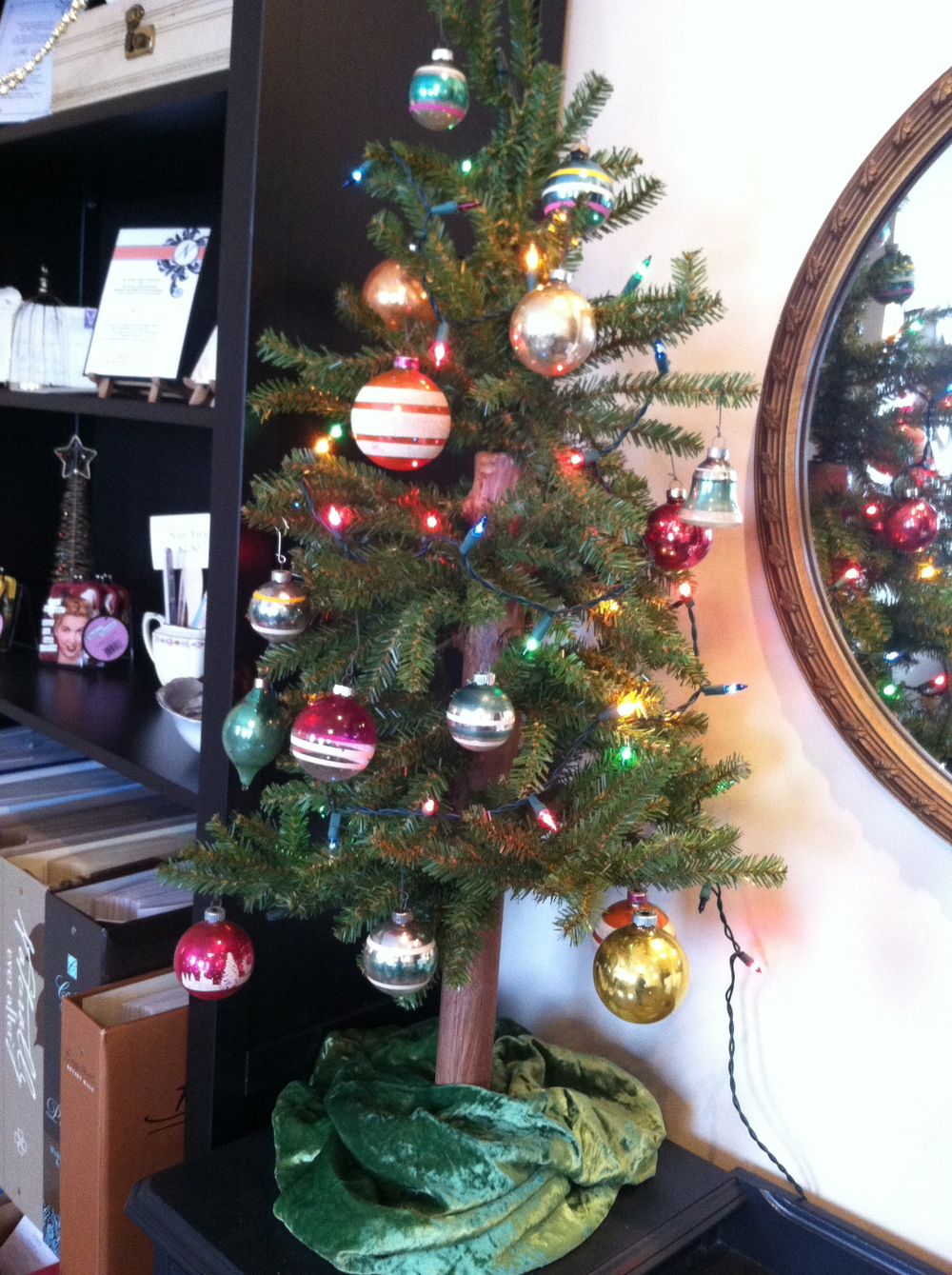 Tree and Vintage Bulbs
