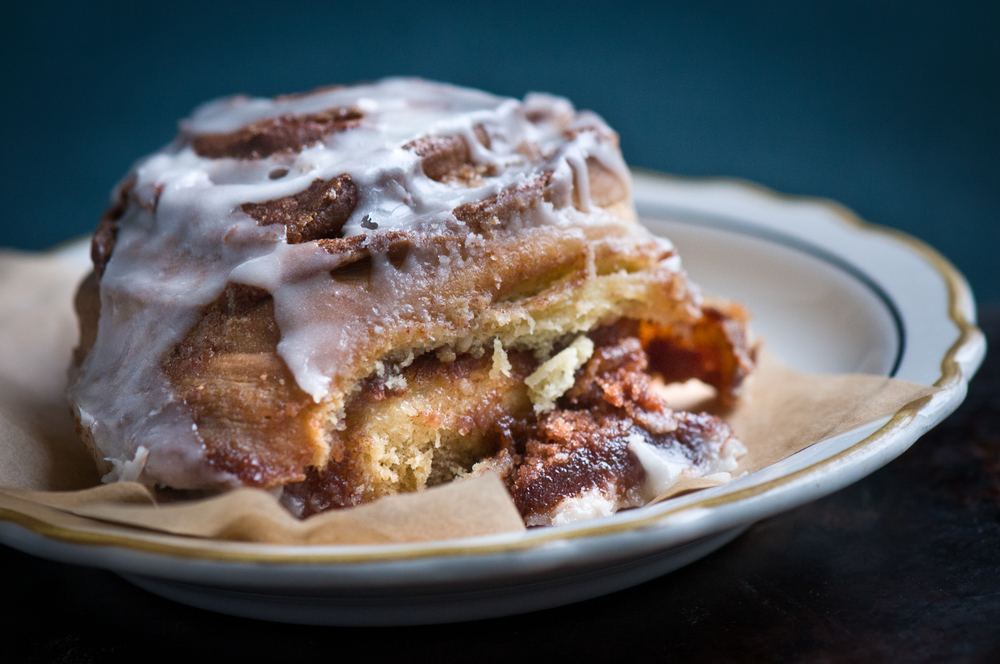 michelle food cinnamon bun 4.jpg