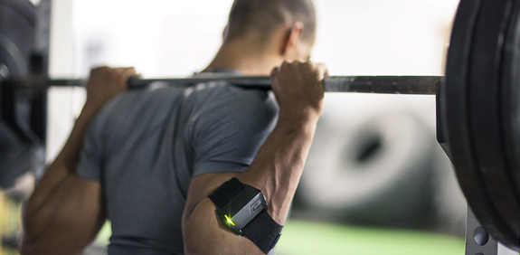 An athlete using a velocity band