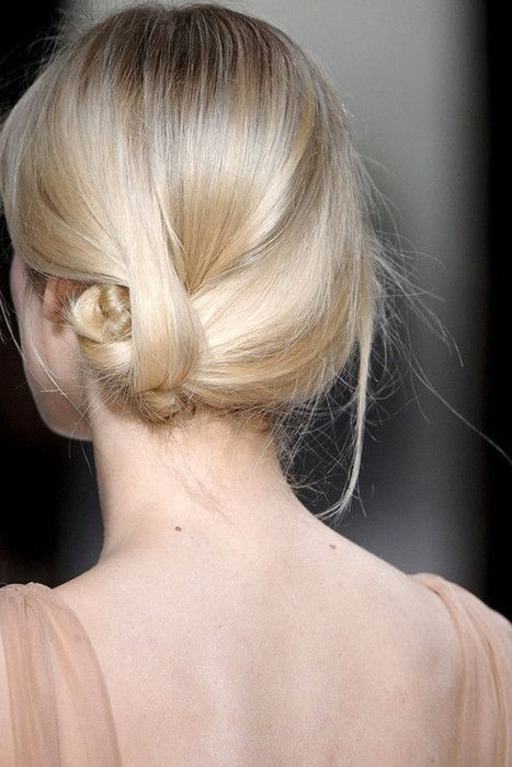 simple holiday hair updo.jpg
