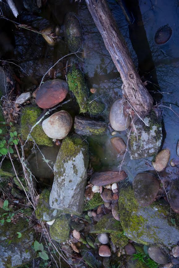 creeksandstones.jpg