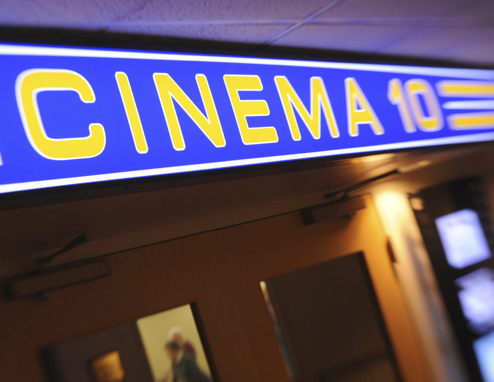 Cinema10-2.jpg