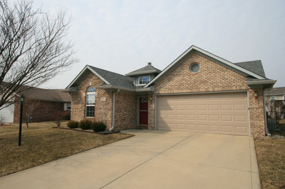 460 Polk Manor - Greenwood