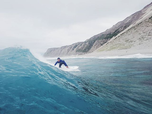 Prime surf spots in undisclosed locations 🌊 @timlambourne has been adventuring through the lens of a @samsungnz #GalaxyS8