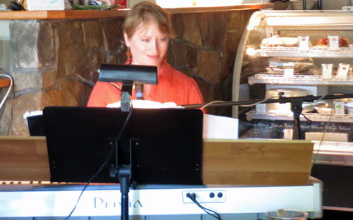 Diane Ammons at Sunflowers June 2014