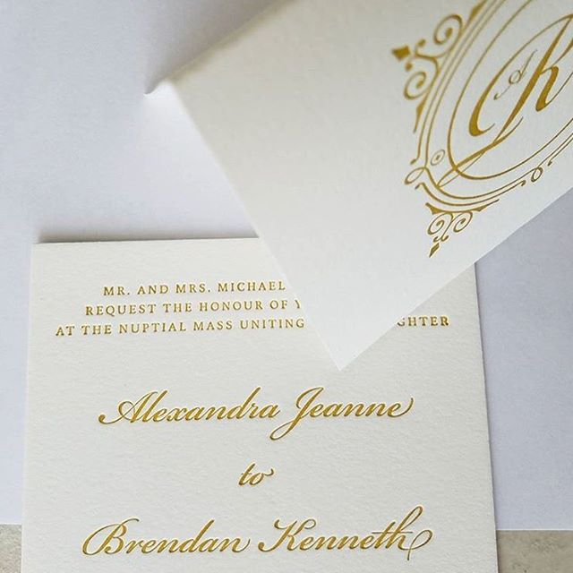 @locuststpress did it again and made another one of my #customstationery suites come to life!!! Hi there lovely #gold #letterpress 😍 . How does custom stationery work you say?! I'm glad you asked!! . Step 1) BRAINSTORM- Let me hear your engagement story, tell me all about what makes you as a couple unique, and show me your venue! . Step 2) I design 3 different options for you to choose from! Mix and match until your heart is content. Remember you have UNLIMITED edits