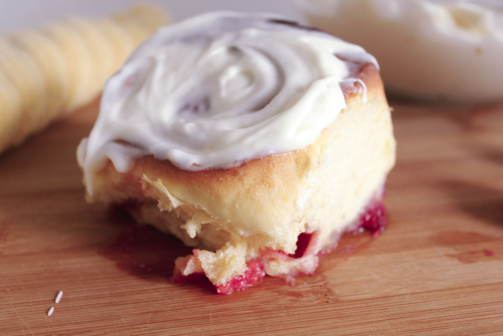 raspberry lemon rolls