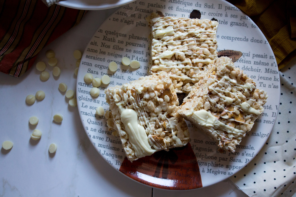 White Chocolate, Sea Salt & Pretzel Krispie Treats {Pedantic Foodie}
