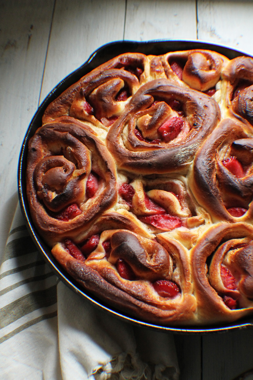 Roasted Strawberry Cinnamon Rolls {Pedantic Foodie}