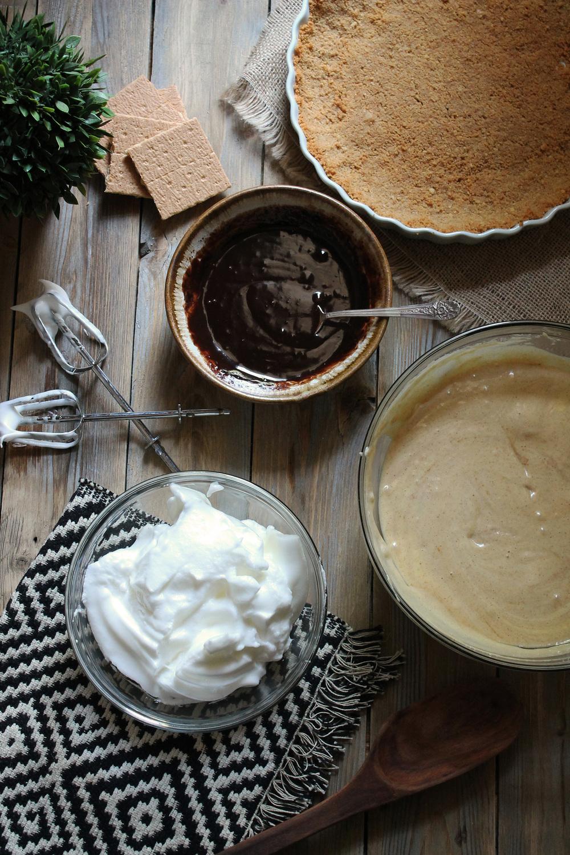 Peanut Butter S'mores Pie {Pedantic Foodie}