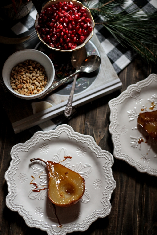 Brown Sugar & Ginger Roasted Pears with Vanilla Cream {Pedantic Foodie}