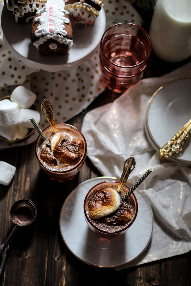 Gingerbread Toasted Marshmallow Chocolate Milkshakes {Pedantic Foodie}