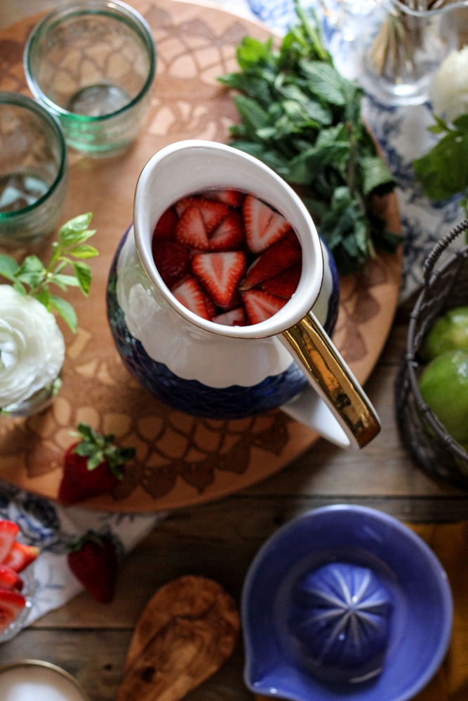 Strawberry Mint Limeade {Pedantic Foodie}