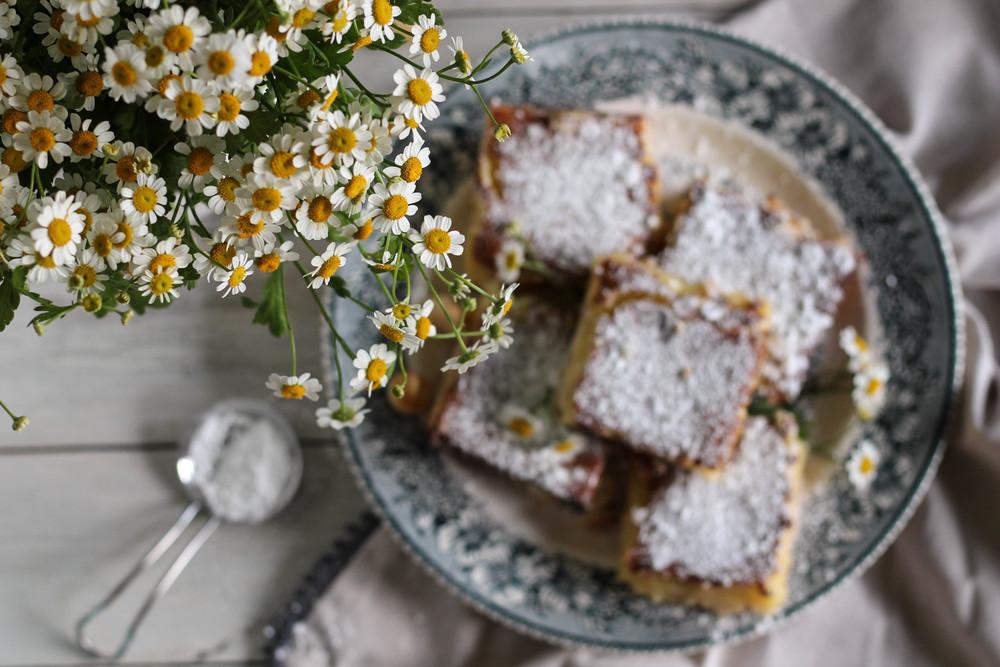 White Chocolate Macadamia Nut Lime Bars {Pedantic Foodie}