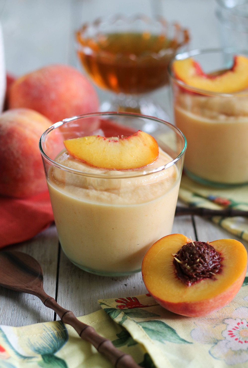 Quick Peach Frozen Yogurt {Pedantic Foodie}