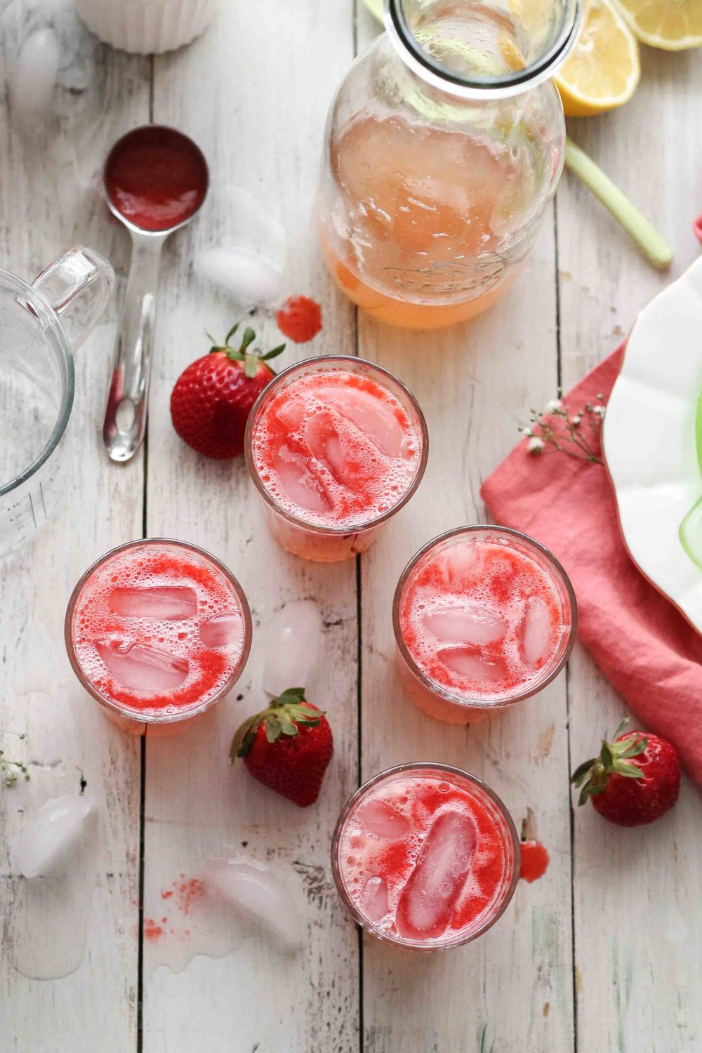 Strawberry Grapefruit Spritzers {Pedantic Foodie}