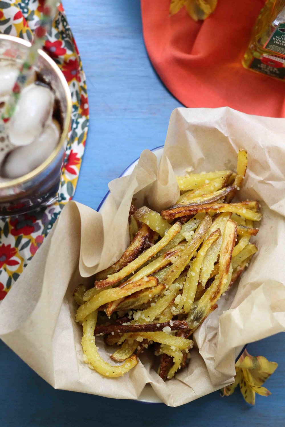 These simple Truffle & Parmesan Oven Fries are the perfect weeknight side! {Pedantic Foodie}