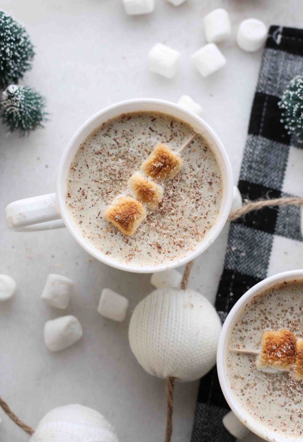 These festive, 3-ingredient milkshakes combine rich eggnog and toasted marshmallows for the perfect fireside treat!  [www.pedanticfoodie.com]