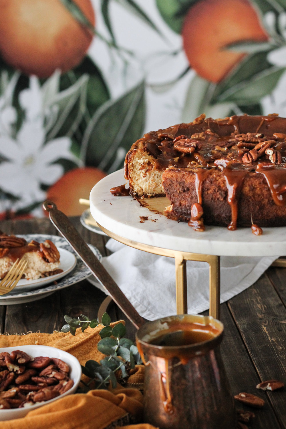 Scoot+over+pumpkin+pie,+this+Maple+Cinnamon+Cheesecake+with+Pecan+Caramel+is+the+ultimate+fall+dessert!+[+www.pedanticfoodie.jpg