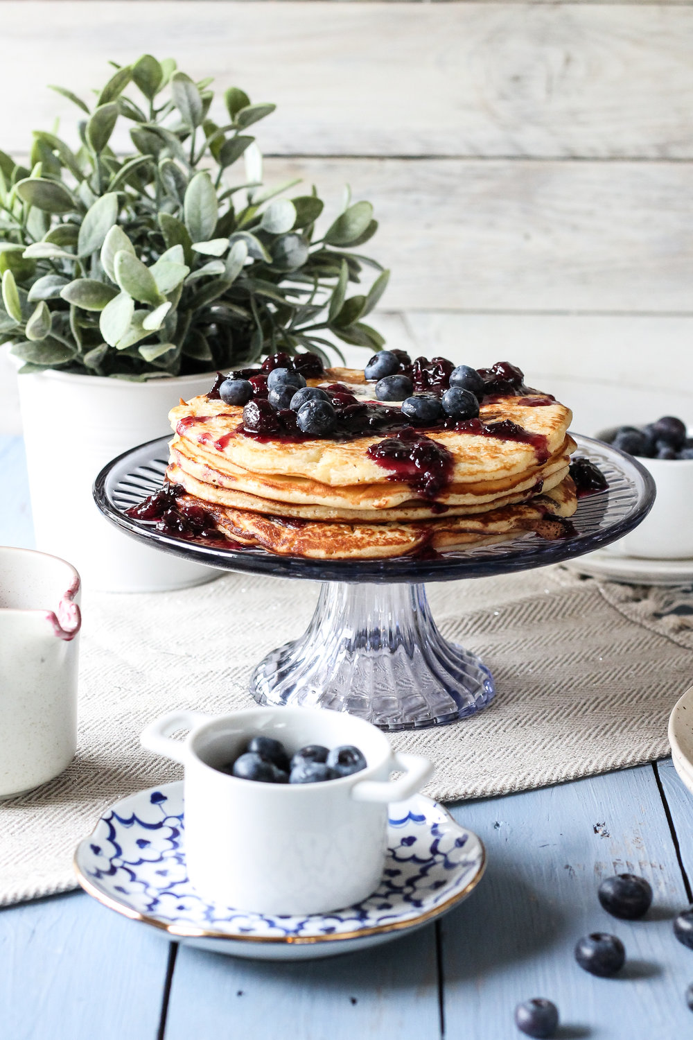 How about making this weekend's pancakes a little more interesting?  Check out these BACON & BROWN SUGAR PANCAKES with BLUEBERRY CINNAMON MAPLE SYRUP on www.pedanticfoodie.com!!