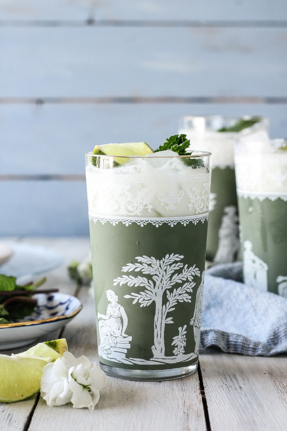 This creamy mint limeade is the perfect zesty mocktail to welcome spring.  Pair it with your favorite tacos or grilled kabobs for a quick dinner that feels extra special!  Find the super simple recipe on www.pedanticfoodie.com!