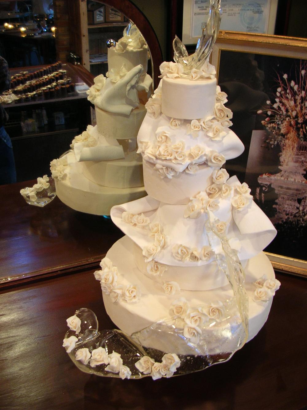 thomas-barlow_cakes_whiterose.jpg