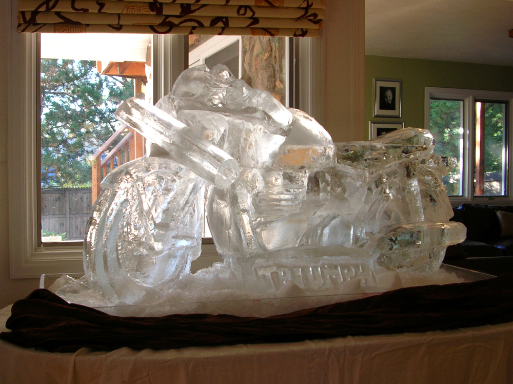 thomas-barlow_ice_motorcycle.jpg