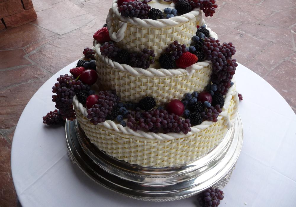 thomas-barlow_cakes_woven.jpg