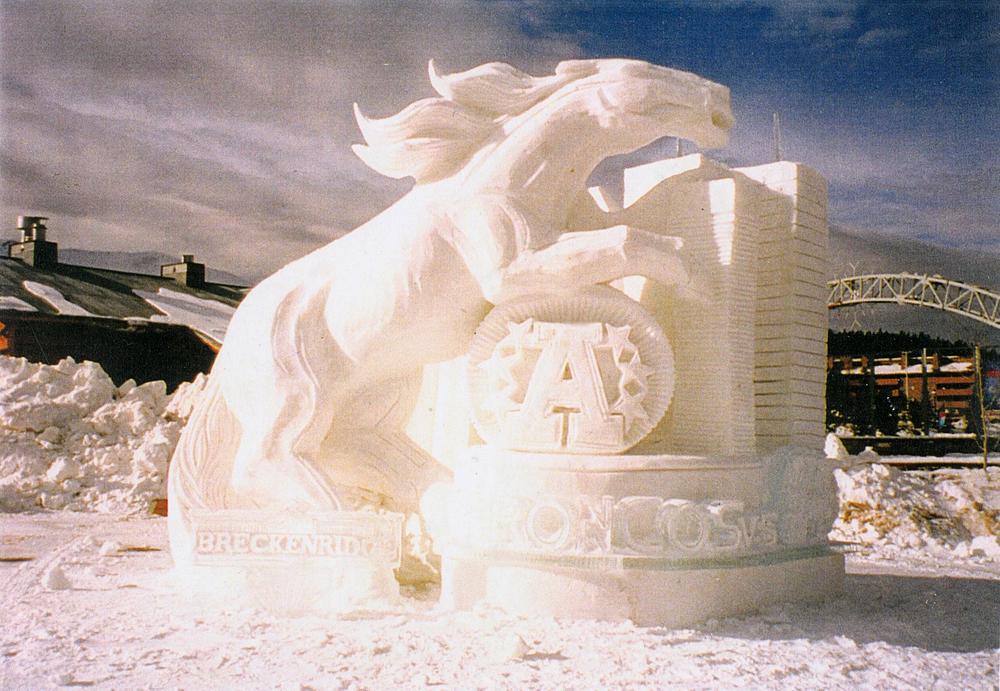 thomas-barlow_snow_horse.jpg